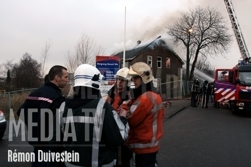 Brand in slooppand [update foto's]