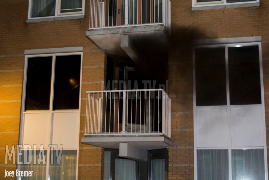 Brand in flatwoning Ohmstraat Schiedam (video)