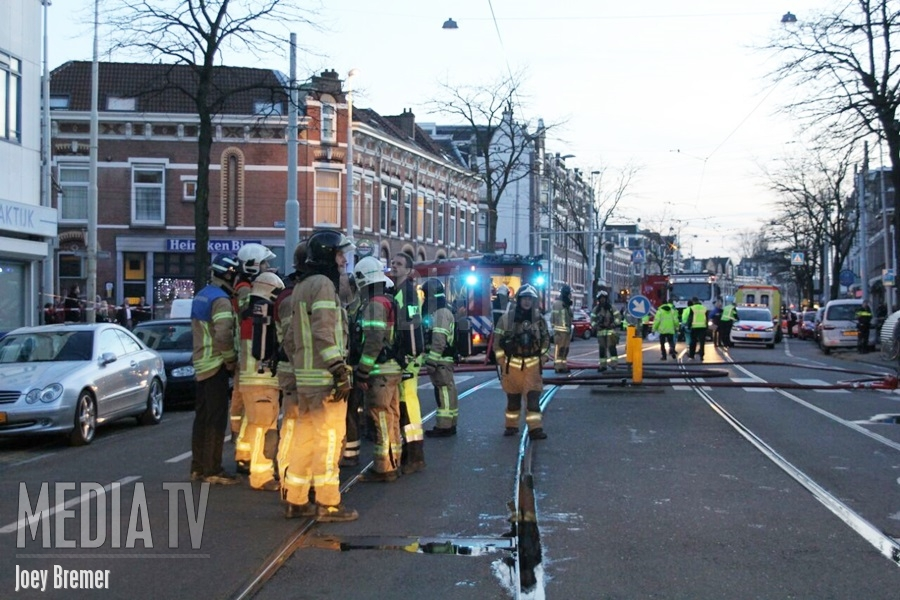 Brand in transformatorhuisje Schiebroekselaan Rotterdam (video)