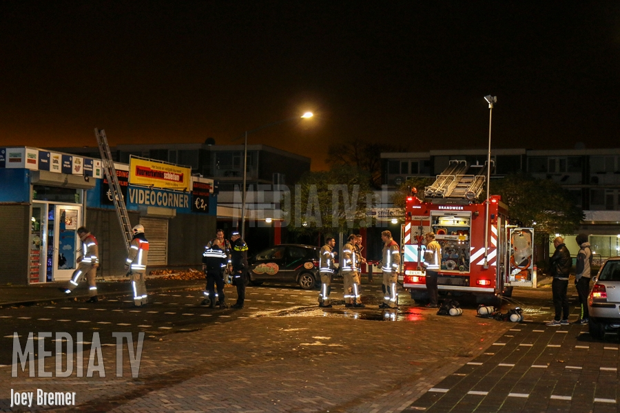 Middelbrand in videotheek Reigerlaan Vlaardingen (video)