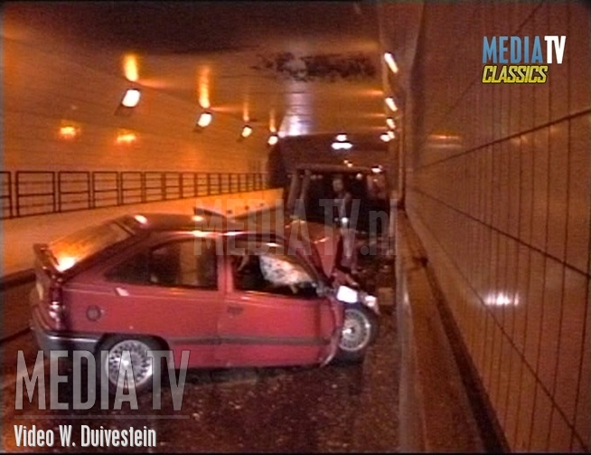MediaTV Classics: (1993) Ongeval met brand in Maastunnel Rotterdam (video)